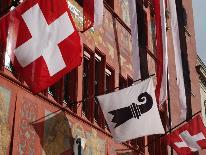 Basler und Schweizer Flagge